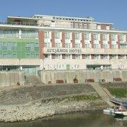 Szent János Hotel ***
